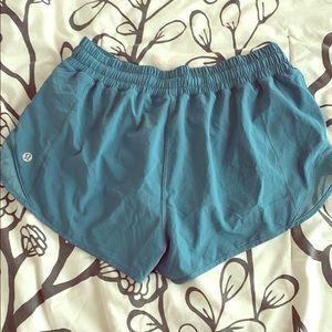 Lululemon Hotty Hot Short, Teal - Size 8